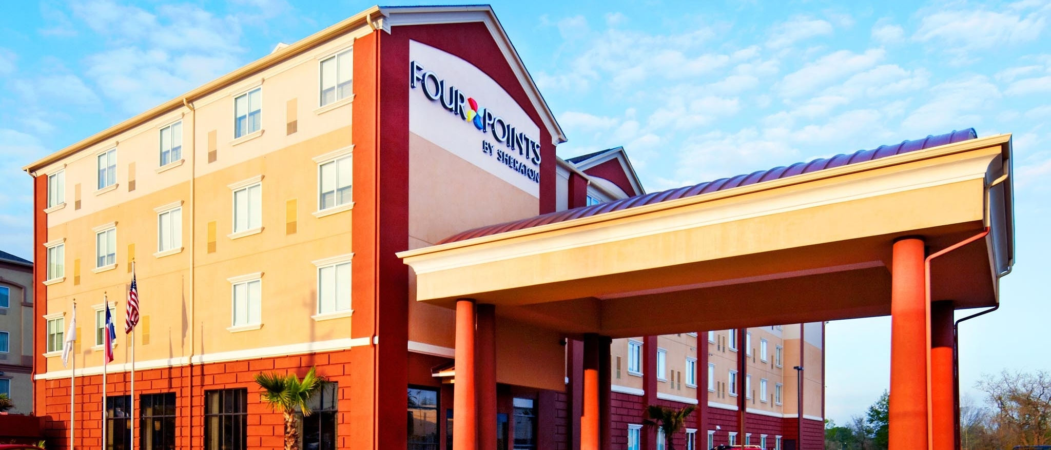 Four Points by Sheraton Houston Hobby Airport - Hotel Exterior